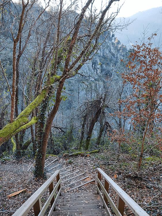 Ruta cascada Augacaída en la Ribeira Sacra Pantón